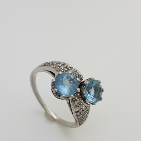 Aquamarine and Diamond Twist Ring