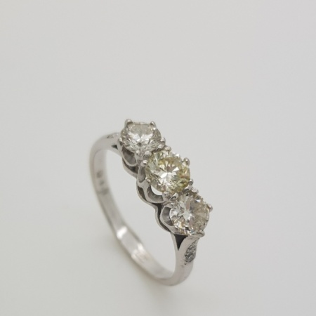 18ct White Gold 1.25ct Diamond Trilogy