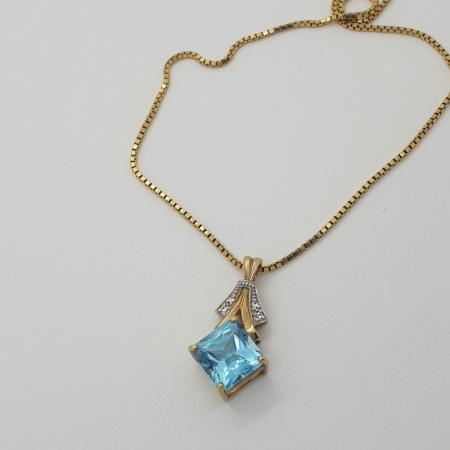 9ct Topaz Diamond