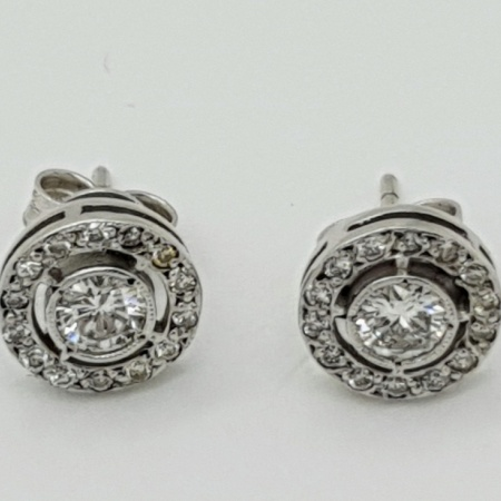 18ct WG Diamond Cluster Earrings