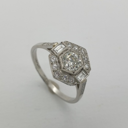 Platinum Diamond Hexagonal Cluster