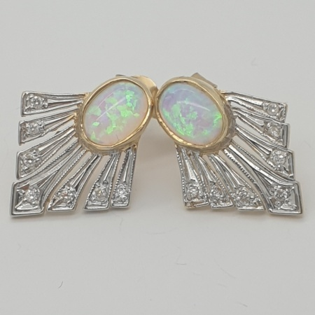 9ct Opal and Diamond