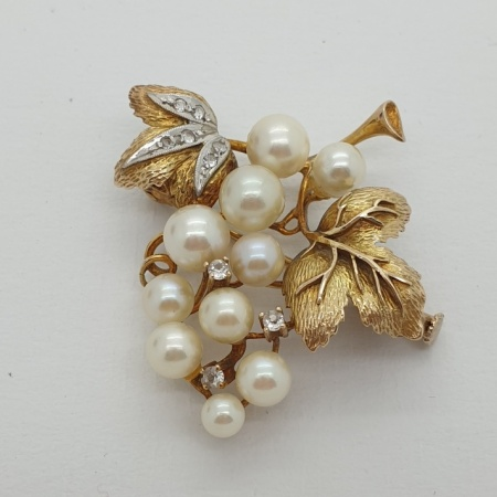 9ct Gold Pearl and Diamond Vine Brooch