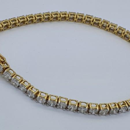 YG Diamond Tennis Bracelet