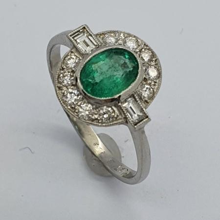 18ct WG Emerald Diamond Art Deco Style Ring