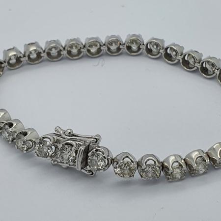 18ct White Gold Collet Set Diamond Tennis Bracelet