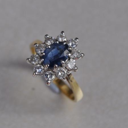 White Gold Sapphire, Diamond Cluster