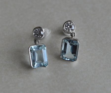 18ct White Gold Aquamarine and Diamond Drops
