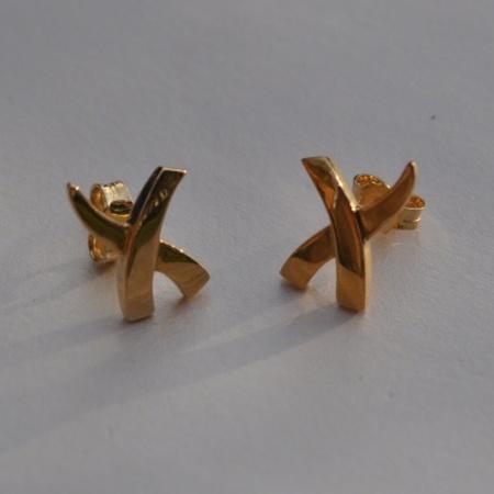 18ct Cross Earrings