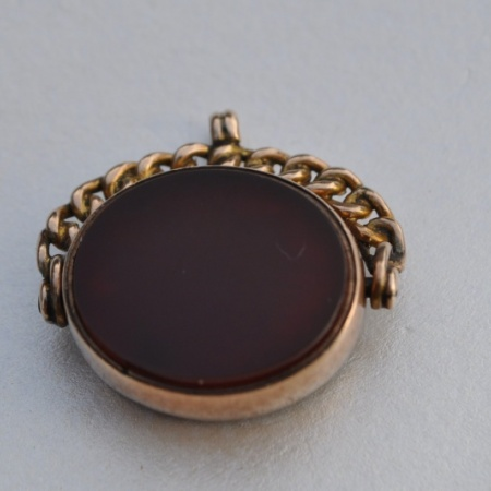 9ct Oval Fob