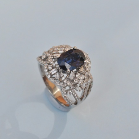 French White Gold Sapphire / Diamondd