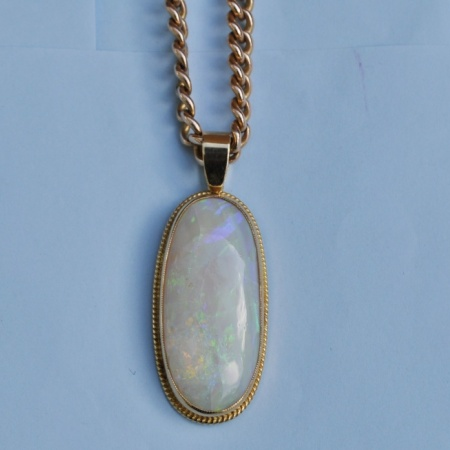 15ct Chain with 18ct Opal pendant