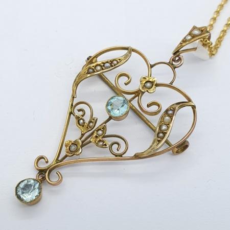 18ct Aqua and Seed Pearl Pendant